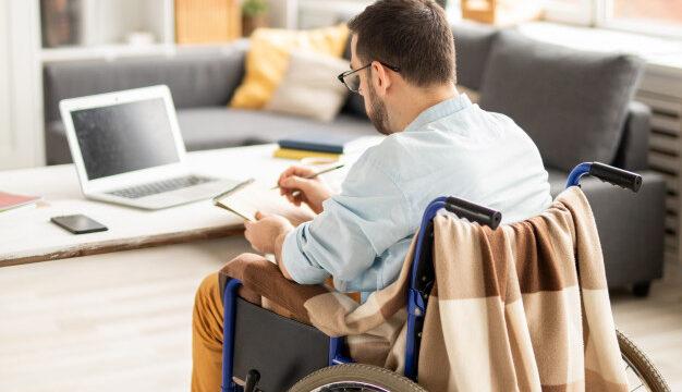 Praca zdalna szansą dla niepełnosprawnych? Monika Jura