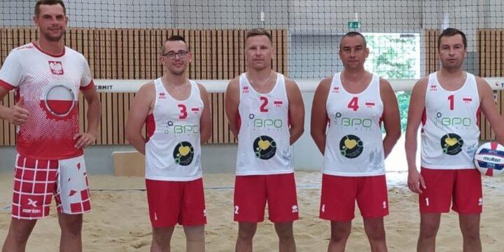 Razem z reprezentacją Polski osób  z niepełnosprawnością w siatkówce plażowej graliśmy do jednej siatki :)
